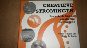 Mooi boek met goede verhalen. Een geschenk die netjes in onze rijtje boeken op school komt. Eerst even doorlezen.